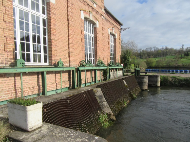 hydroelectric system, Long