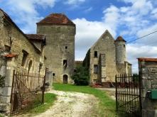 Courcelles castle