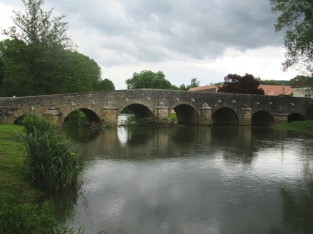 Fleurie bridge over L'Ouche