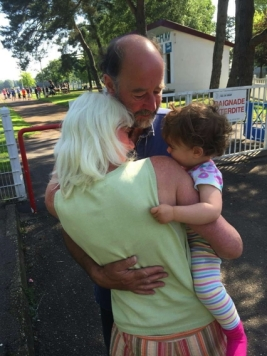 Grandparents hugger