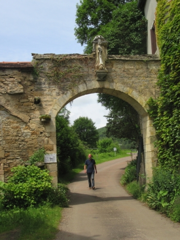 Gate into Bussiere