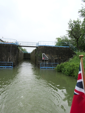 Another 5m lock in our wake
