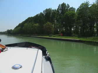Heading for Mareuil mooring