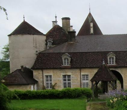 Saint-Seine chateau