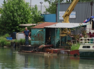 Barge business, Vitry