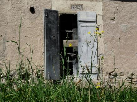 Abandoned lock house, 22?