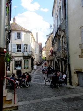 Clamecy street