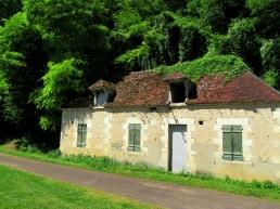 Garenne lock house, abandoned