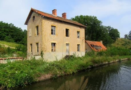 Ruined house or mill