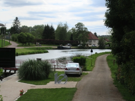 View to mooring from Lezinnes bridge