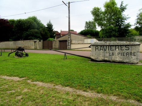 Raviere - the rock!