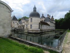 Tanlay chateau moat