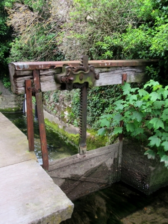 The lavoir sluice