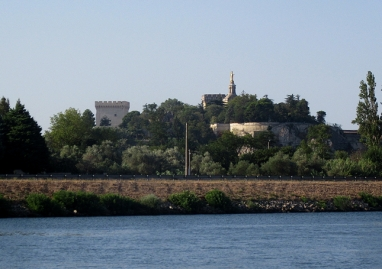 Avignon peeping over at us