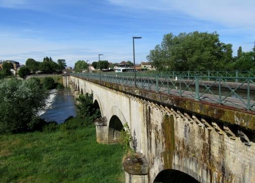 Digoin viaduct