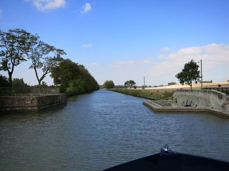 Over Acqueduc de Treboul