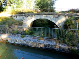 aqueduct_de_l_espitalet_