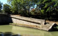Sunlit steps, St Jean lock