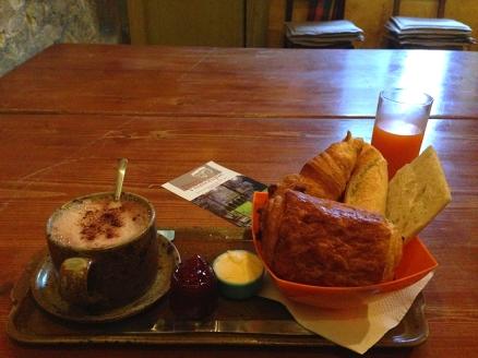 epanchoir_de_foucaus_breakfast