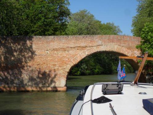 Pont de Montesquieu
