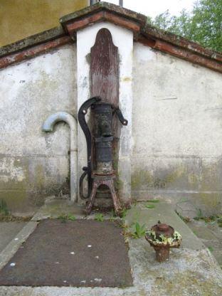 Montgiscard lock pump