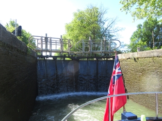 leaving_fenouillet_lock