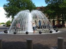 valence_fountain