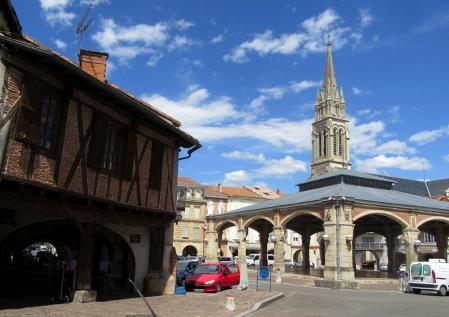 Valence-d'Agen old market place