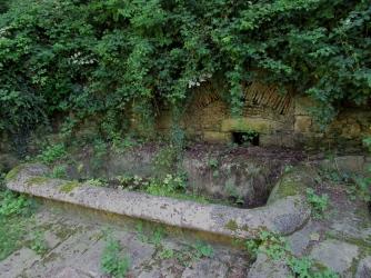 Fontaine des Anglaises trough