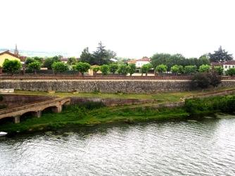 Reynies water front