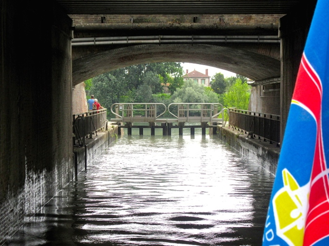 Going down the locks from Montauban port to the Tarn   - going into lower lock