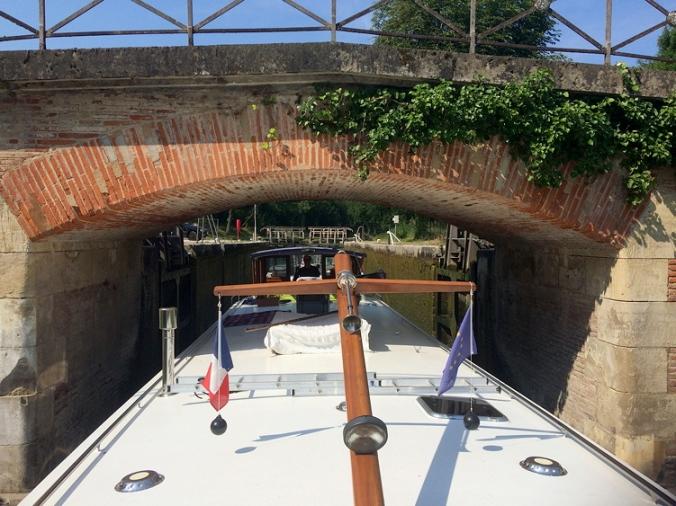 Montech canal, entering at Montech