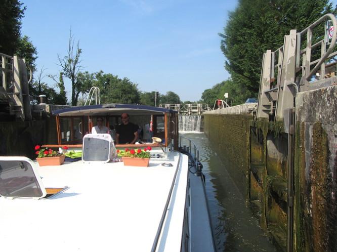 Montech canal lock