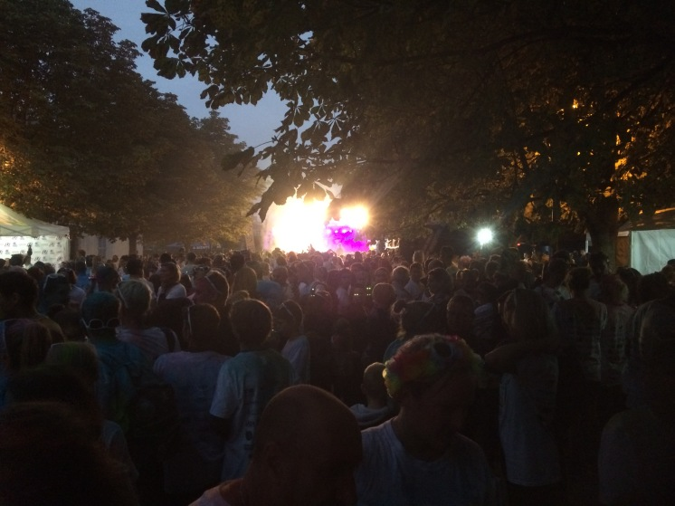 festival atmosphere for concert