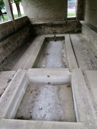 Big separate basins, maybe for washing and rinsing